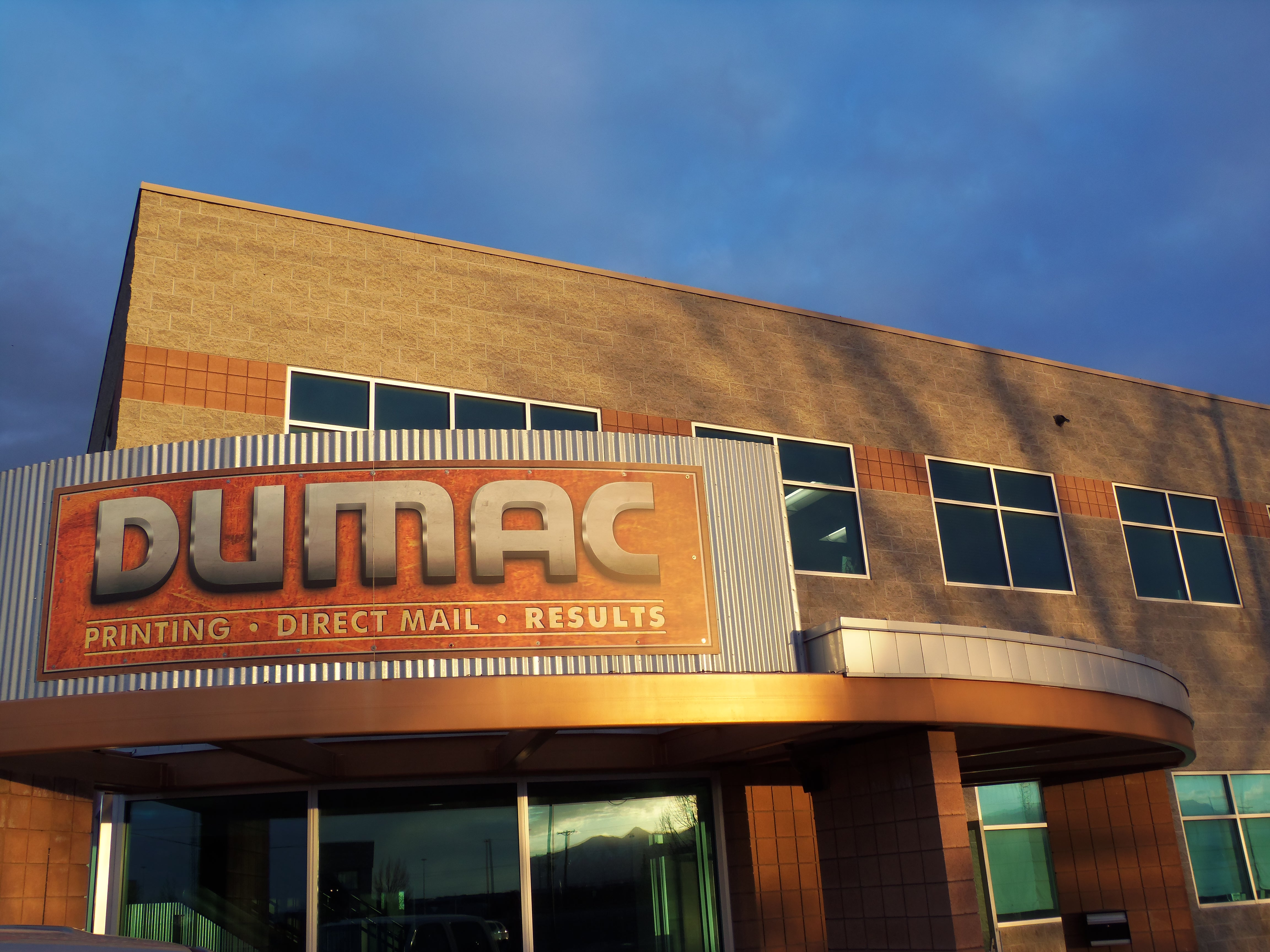 DUMAC Building